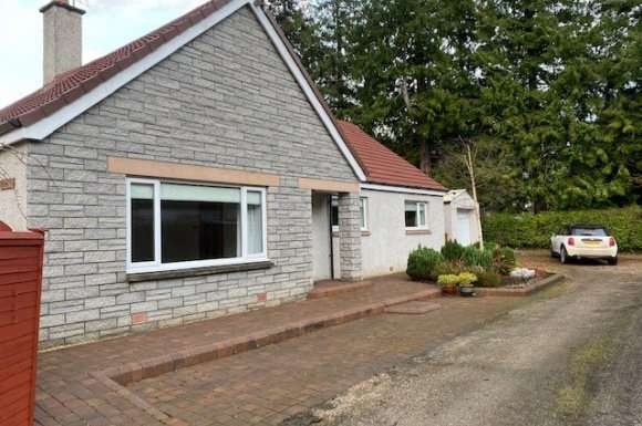 3 Bedrooms Detached House for rent in George Street, Fochabers, Moray, IV32