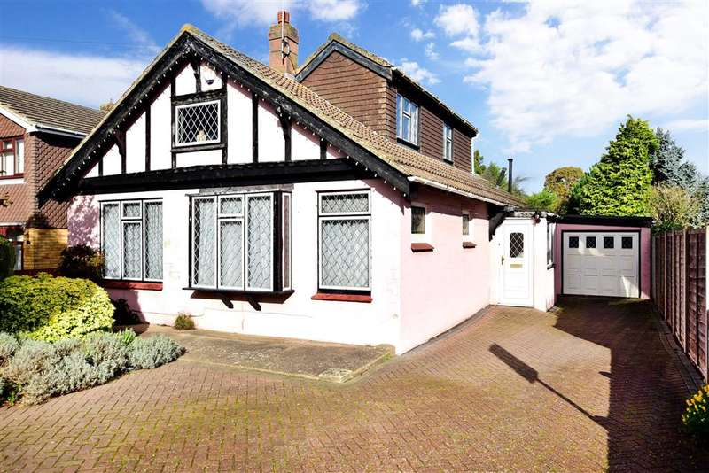 3 Bedrooms Detached Bungalow for sale in Woodside, , Wigmore, Gillingham, Kent