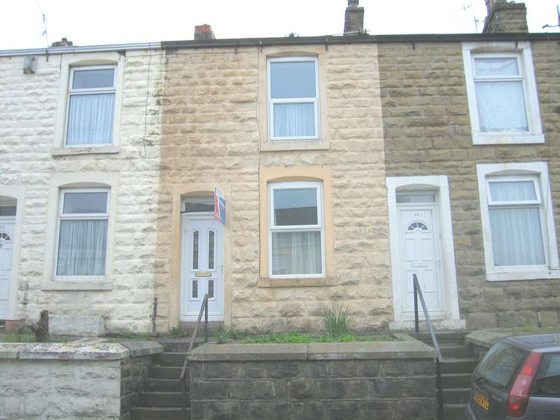 2 Bedrooms Terraced House for rent in Grange Street, Accrington, BB5