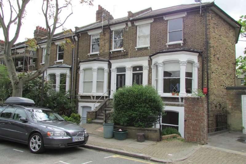 3 Bedrooms Ground Flat for rent in Southcote Road N19