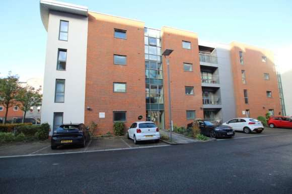 2 Bedrooms Flat for rent in The Reach, 39 Leeds Street, City Centre, Liverpool, L3