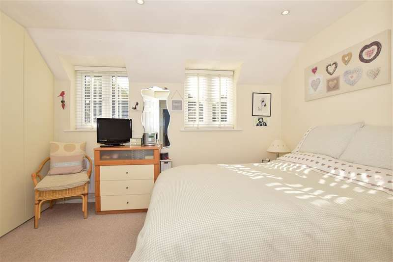 2 Bedrooms Terraced House for sale in Foxwood Grove, , Pratts Bottom, Orpington, Kent