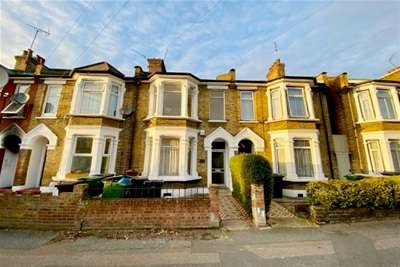 3 Bedrooms House for rent in Windsor Road, Leyton, E10