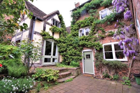 3 Bedrooms Terraced House for rent in St Johns Hill, Town Centre, Shrewsbury, SY1