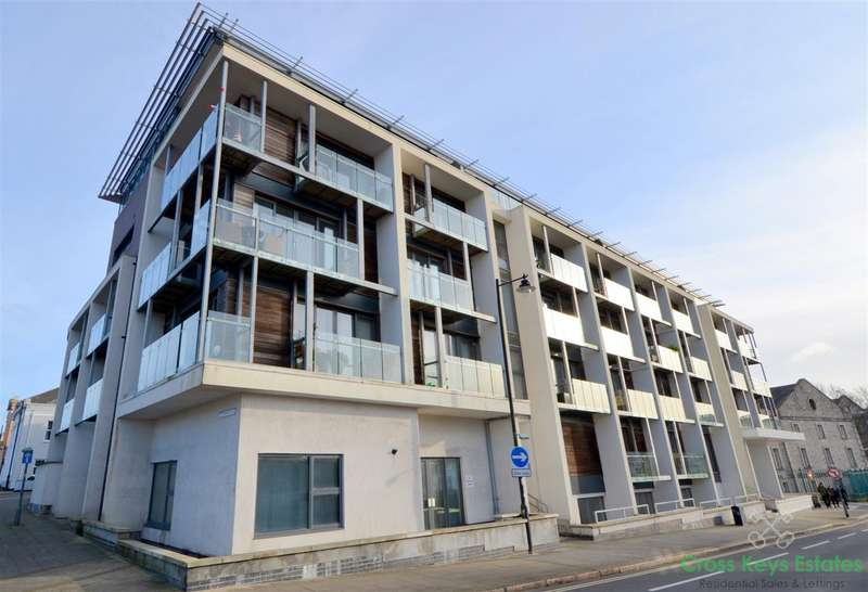 2 Bedrooms Apartment Flat for rent in Durnford Street, Stonehouse