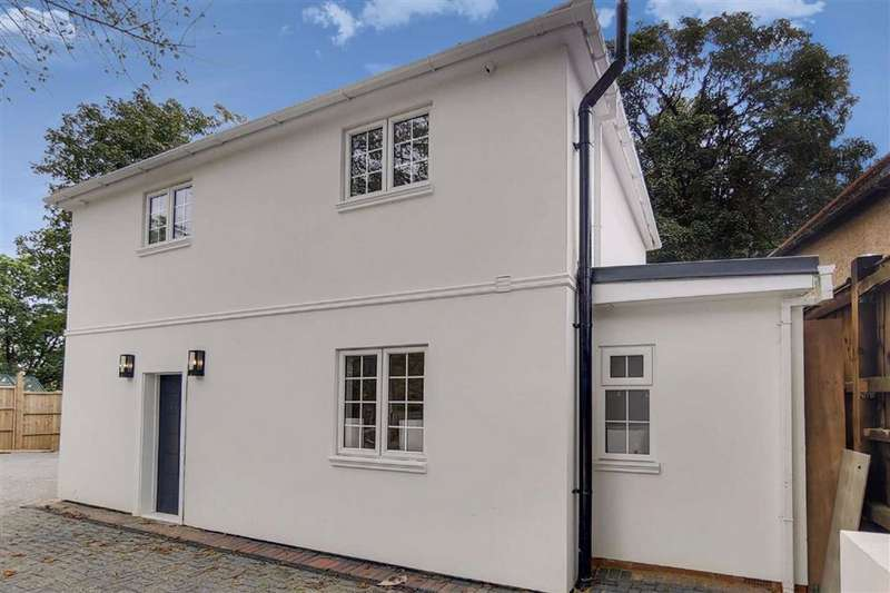3 Bedrooms Detached House for sale in Highwood Hill, Mill Hill, London