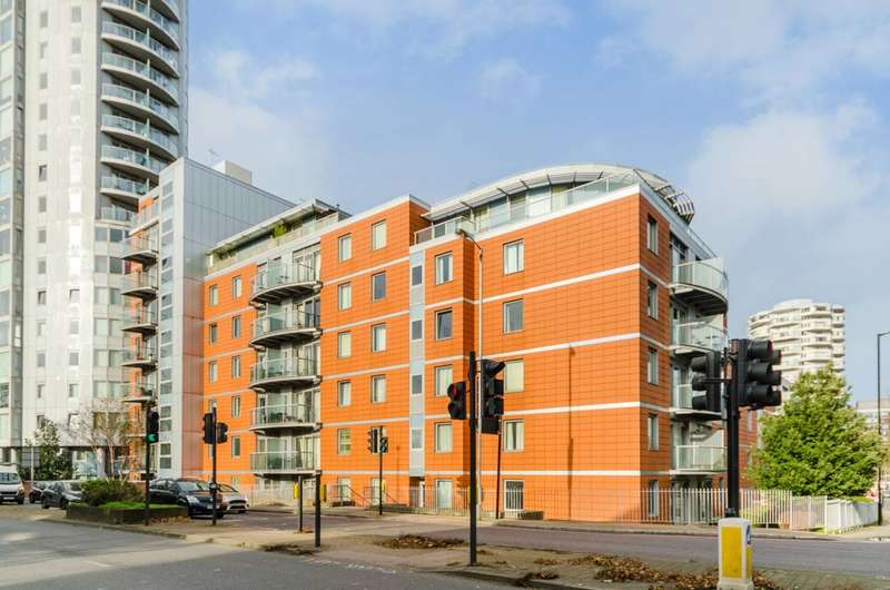 2 Bedrooms Flat for rent in Fairfield Road, East Croydon, CR0