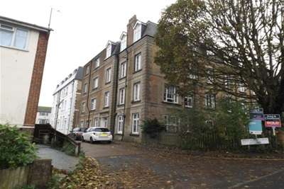 3 Bedrooms Flat for rent in Meeching Place, Newhaven