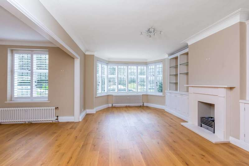 3 Bedrooms Flat for rent in Portsmouth Road, Putney Heath, SW15