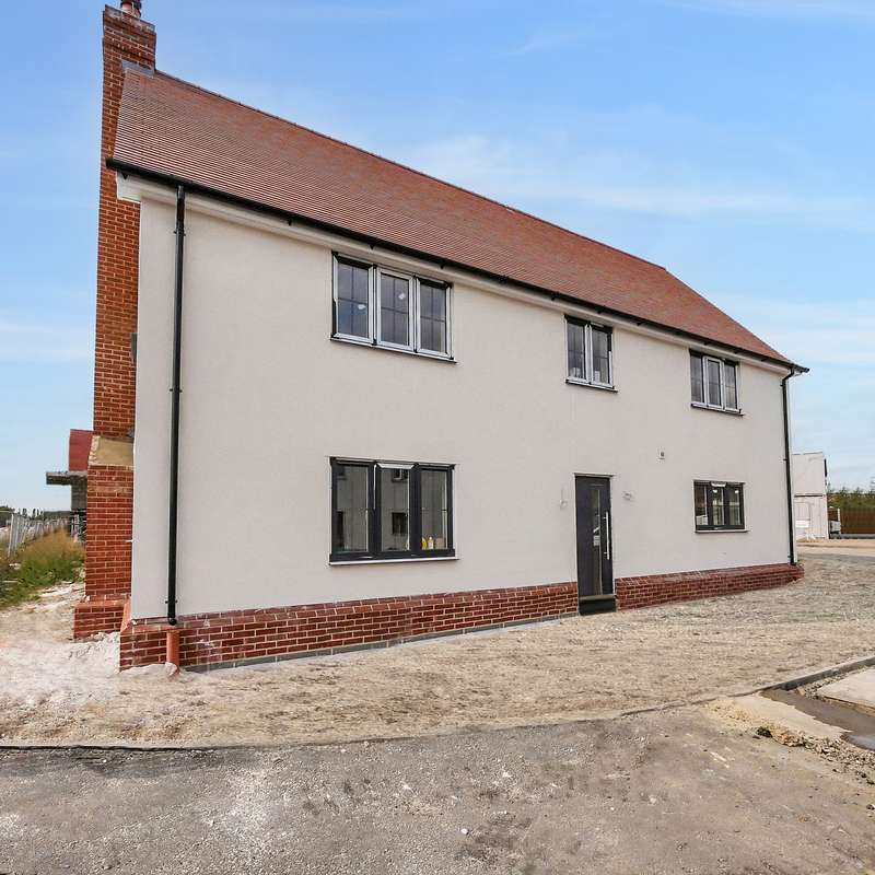 5 Bedrooms House for sale in Essex, CO5 0FY
