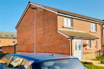 3 Bedrooms House for rent in Wycombe Road, Kingsway