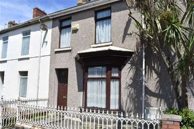 3 Bedrooms House for rent in New Road, Llanelli, Carmarthenshire