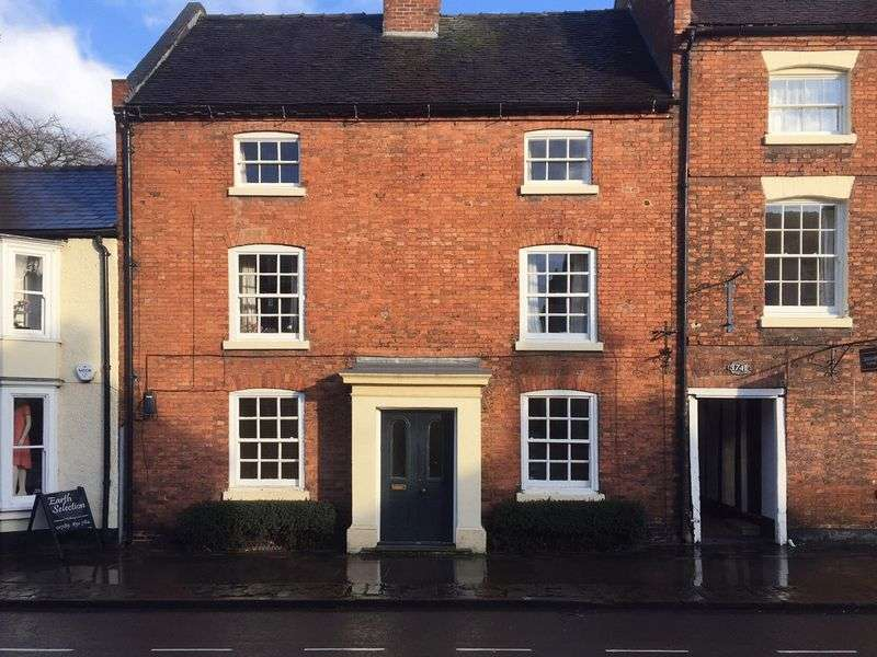 Property for rent in 40 High Street, Eccleshall, Staffordshire.