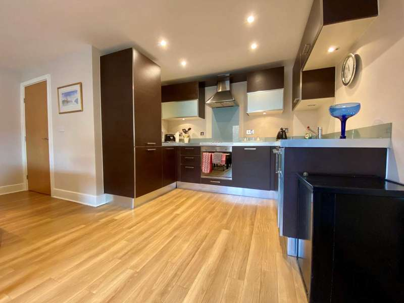 1 Bedroom Flat for rent in Capitol Square, Epsom, KT17 4NP