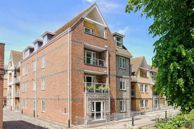 2 Bedrooms Apartment Flat for rent in Shippam Street, Chichester