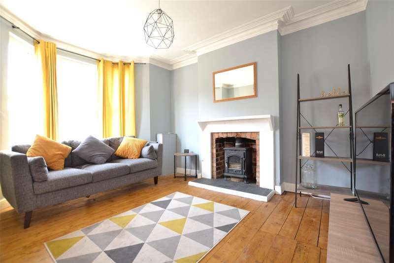 4 Bedrooms Semi Detached House for rent in Conduit Street, Gloucester, Gloucestershire, GL1