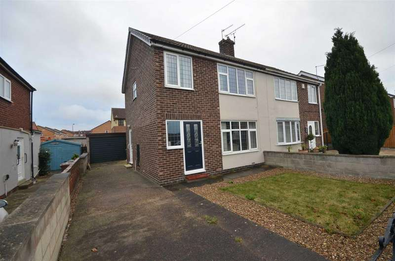 3 Bedrooms Semi Detached House for sale in Avon Walk, Featherstone