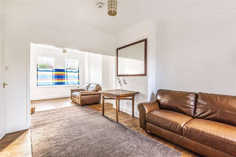 3 Bedrooms Terraced House for rent in Lymington Avenue, Wood Green, London, N22