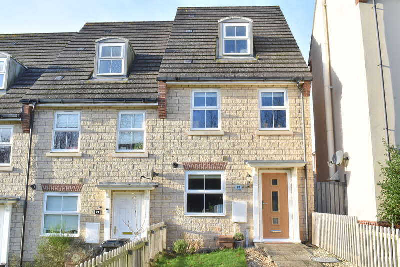 3 Bedrooms End Of Terrace House for sale in Wincanton, Somerset, BA9