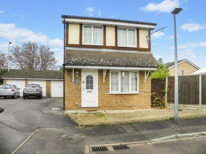 3 Bedrooms Detached House for sale in Naylor Avenue, Kempston, Bedford, Bedfordshire