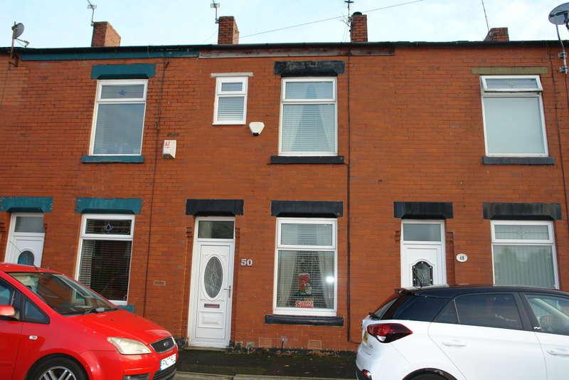 3 Bedrooms Terraced House for sale in Jowett Street, Oldham