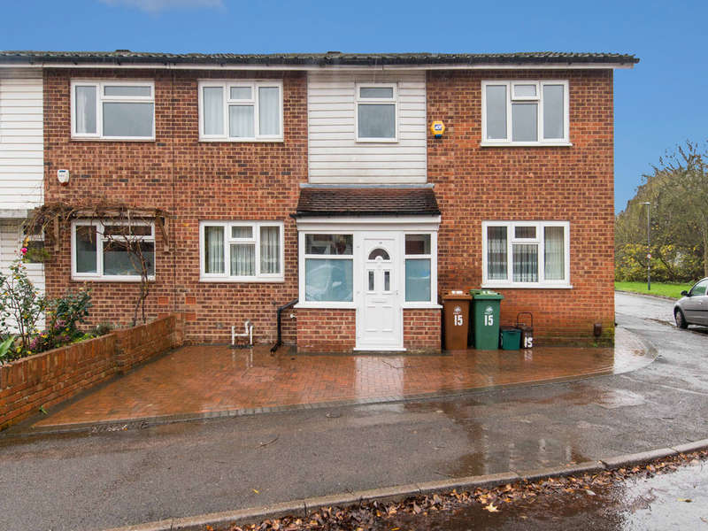 4 Bedrooms Semi Detached House for sale in Richmond Green, Croydon