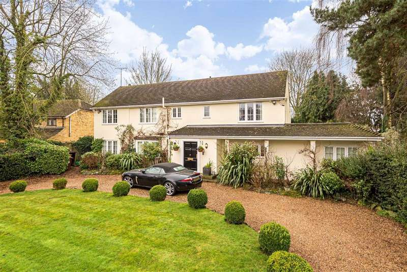 4 Bedrooms Detached House for sale in Back Lane, Letchmore Heath