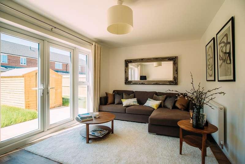 3 Bedrooms Semi Detached House for rent in Bank Top Street, Heywood