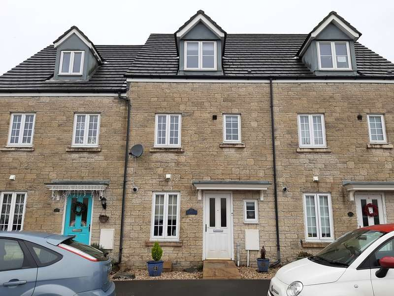 4 Bedrooms Town House for rent in Tavistock