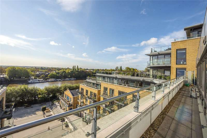 3 Bedrooms Penthouse Flat for sale in Kew Bridge Road, Brentford, TW8