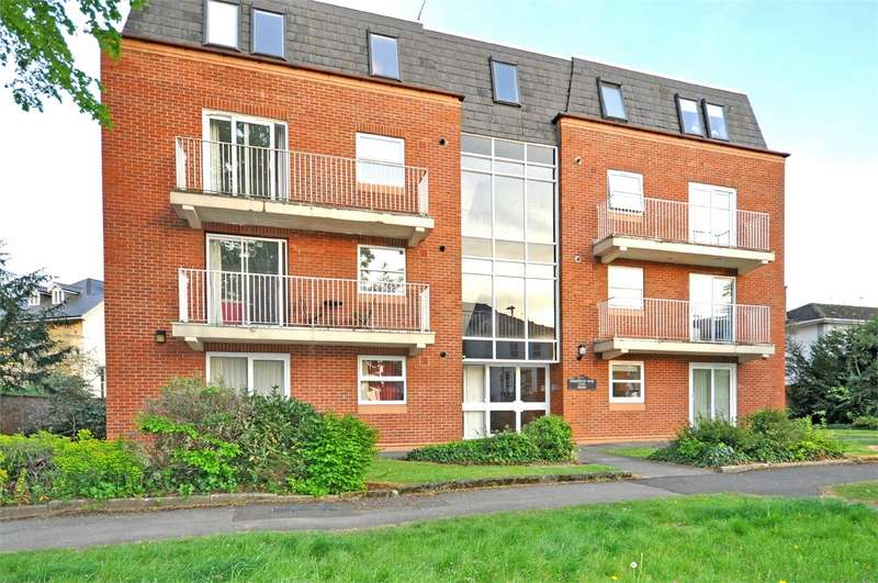 2 Bedrooms Flat for sale in Christchurch Road, Cheltenham, Gloucestershire