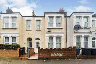 3 Bedrooms Terraced House for sale in Hathaway Road, Croydon