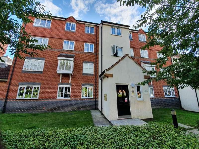 2 Bedrooms Flat for rent in Node Way Gardens, Welwyn, AL6