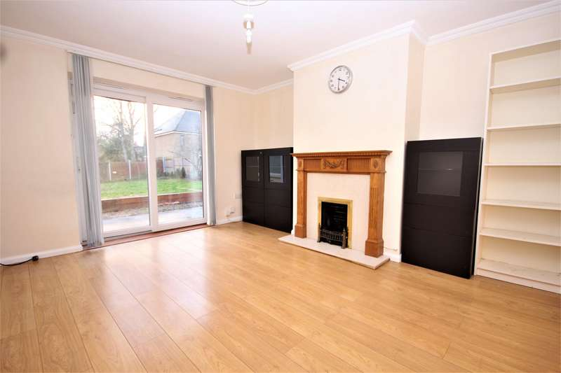 3 Bedrooms House for rent in Rayleigh Road, Woodford Green, IG8