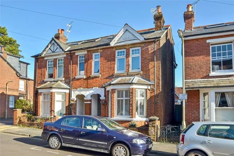 4 Bedrooms Semi Detached House for sale in Brassey Road, Winchester, SO22