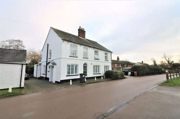 4 Bedrooms Detached House for rent in Weston, Hitchin