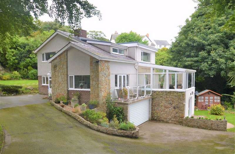 5 Bedrooms Detached House for sale in Brynteg Lane, Menai Bridge, Anglesey