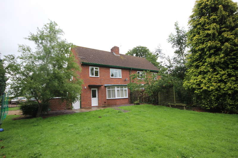3 Bedrooms Cottage House for rent in Hereford Cottages, Seighford, Stafford