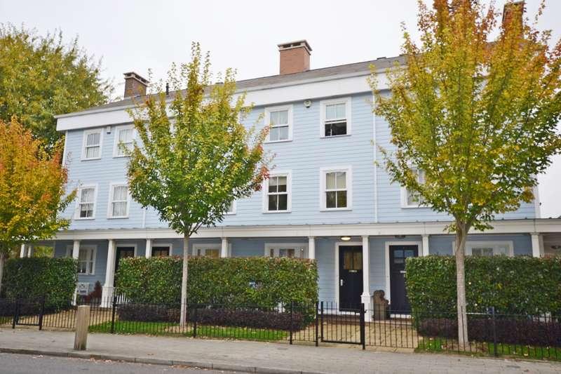 4 Bedrooms Property for rent in Sherbrooke Way, Worcester Park, KT4