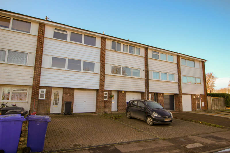 4 Bedrooms Terraced House for rent in Fielden Way, Newmarket