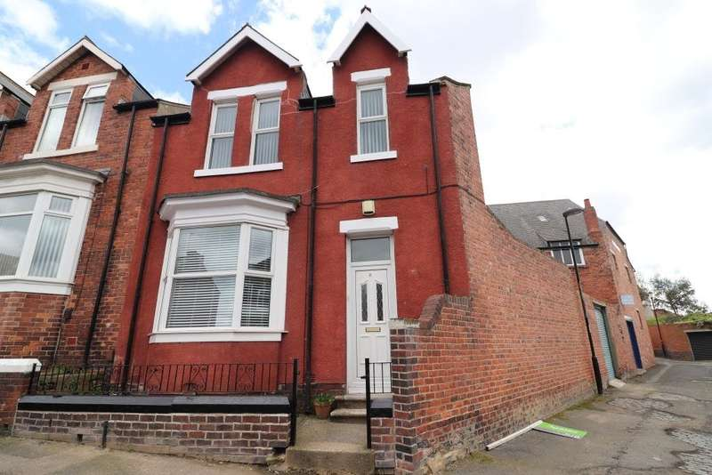 3 Bedrooms End Of Terrace House for rent in Fox Street, Thornhill, Sunderland