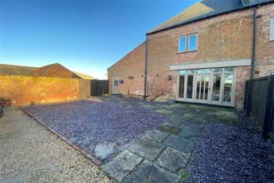 4 Bedrooms Property for rent in Rhoon Road, Terrington St. Clement, King's Lynn.