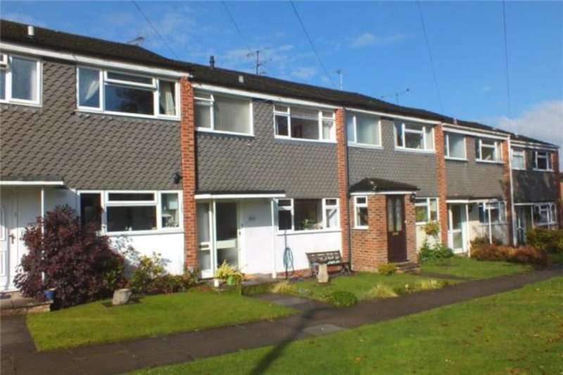 3 Bedrooms Terraced House for rent in Ryde Gardens , Yateley