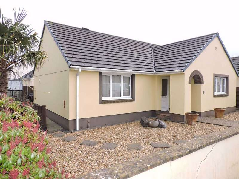 3 Bedrooms Detached Bungalow for sale in Trevaughan Gardens, Whitland, Carmarthenshire