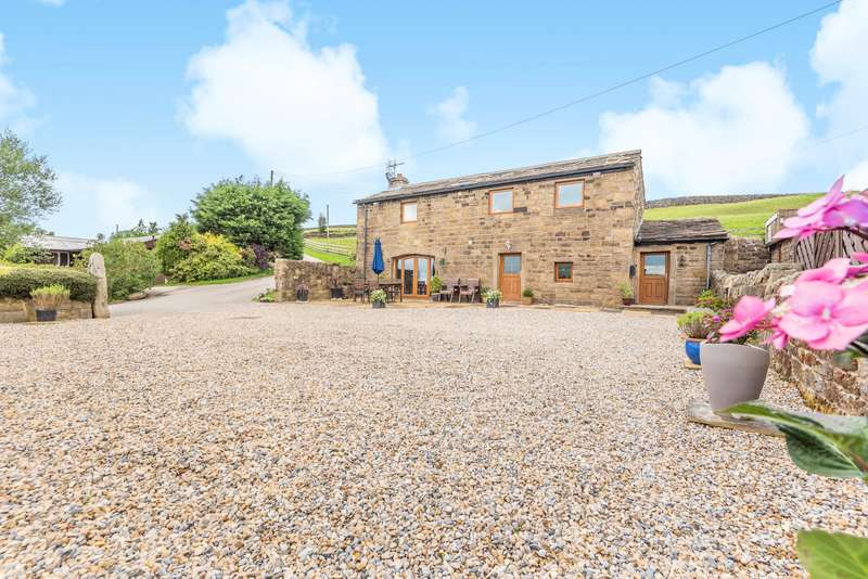 3 Bedrooms Barn Conversion Character Property for sale in Silsden WEST YORKSHIRE