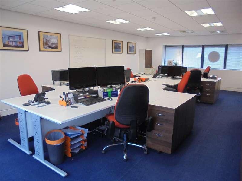 Office Commercial for rent in Ozengell Place, Eurokent Business Park, Ramsgate