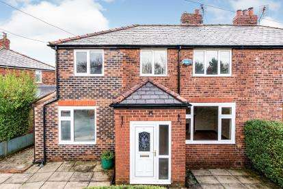 4 Bedrooms Semi Detached House for sale in Adey Road, Lymm, Chesire