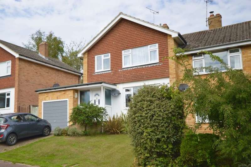 3 Bedrooms Detached House for rent in Chieveley Drive, Tunbridge Wells, TN2