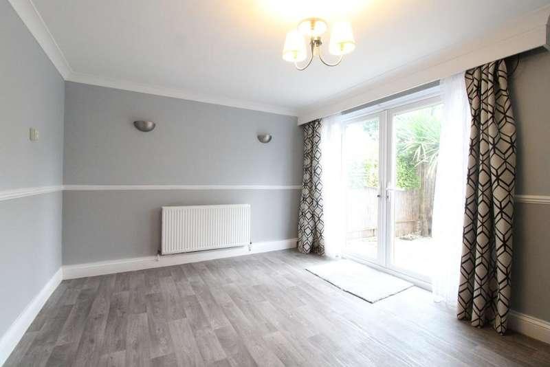 3 Bedrooms Terraced House for rent in Rowan Drive, Broxbourne, Cheshunt, UK, EN10 6HQ