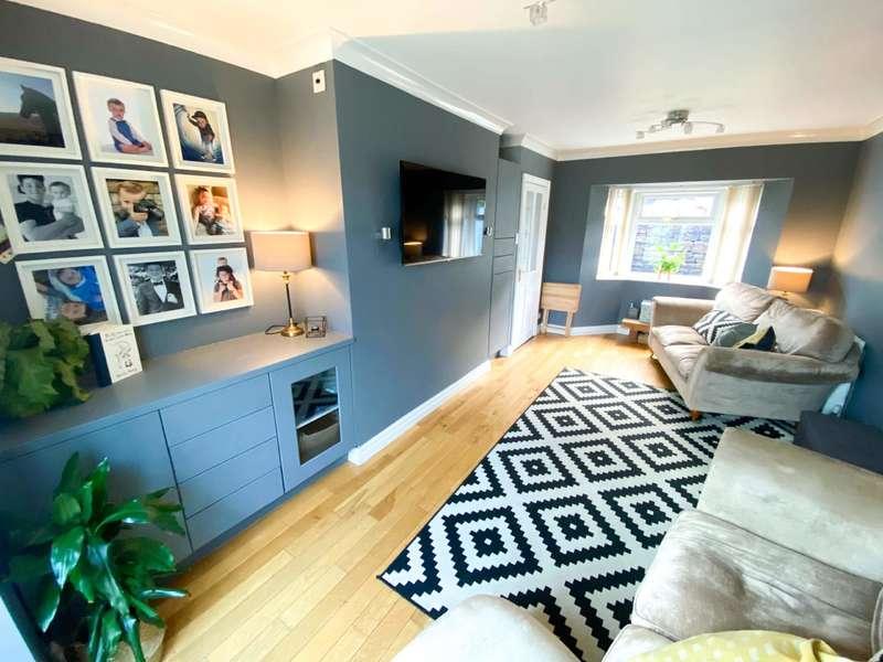 2 Bedrooms Town House for sale in Edgeside Lane, Waterfoot, Rossendale